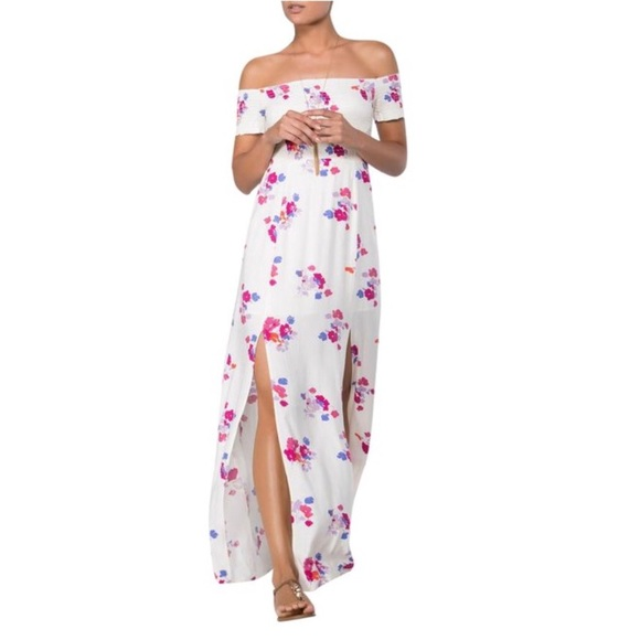 ed27278cea8 MINKPINK Falling Blooms Maxi Off Shoulder Dress. M 5aa5e8b81dffdaaf94e76a88